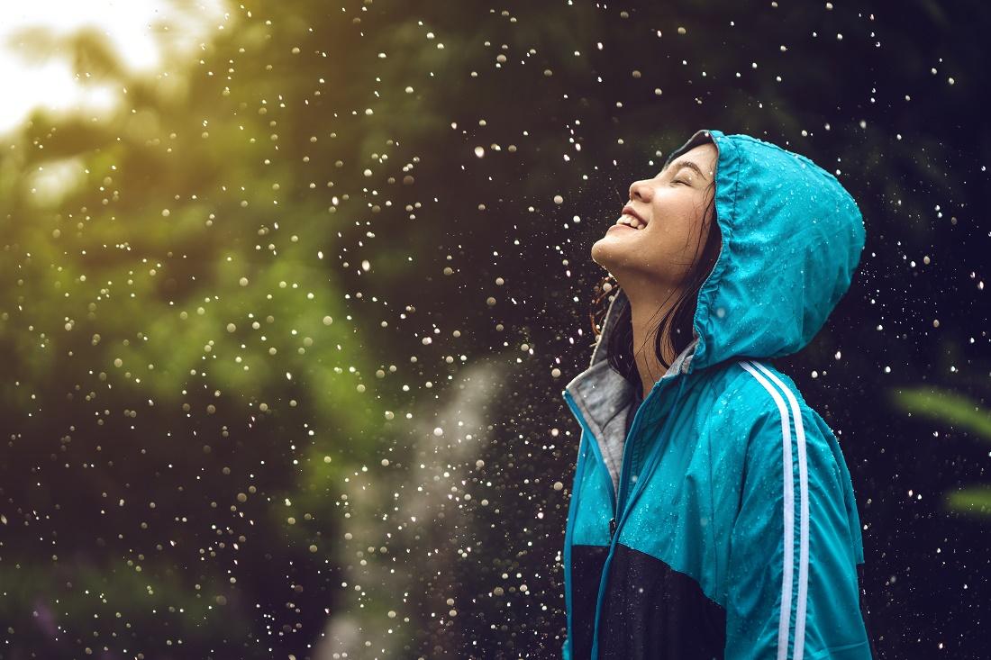 muista huolehtia itsestäsi sateessa kesälomalla