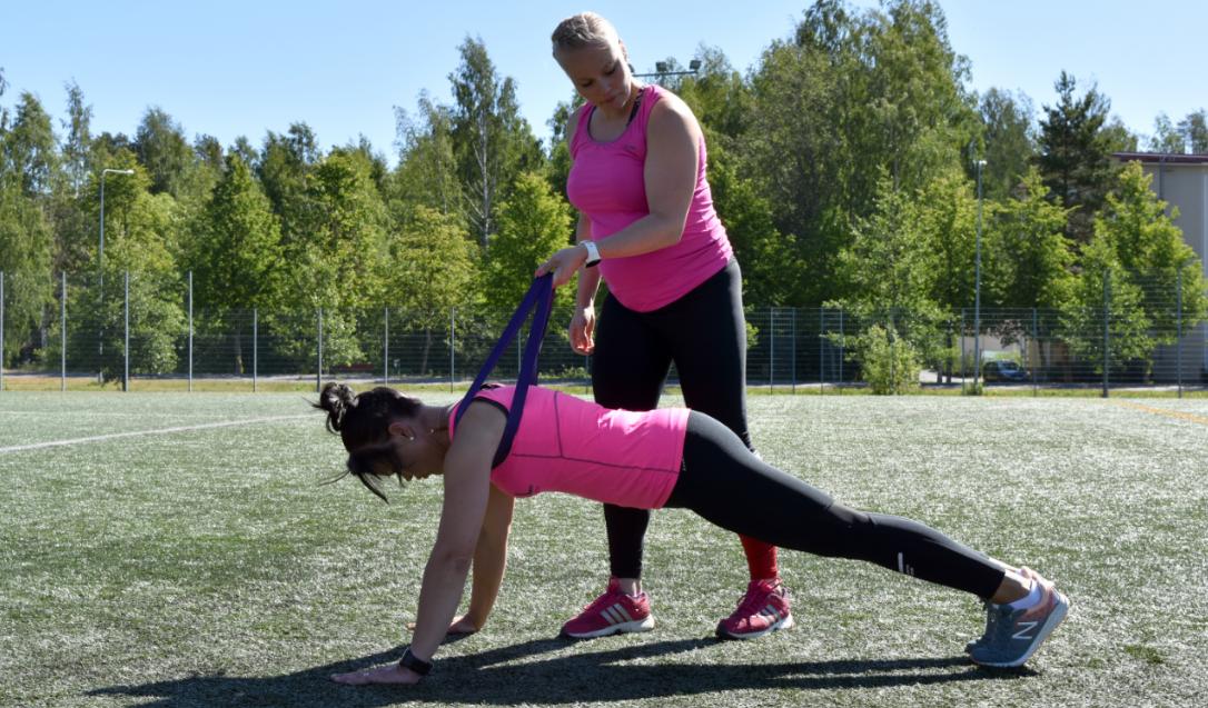 Personal Trainer Miia Numminen Kevytyrittäjä