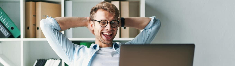 Ennakkoperintarekisteri-iloinen-yrittaja