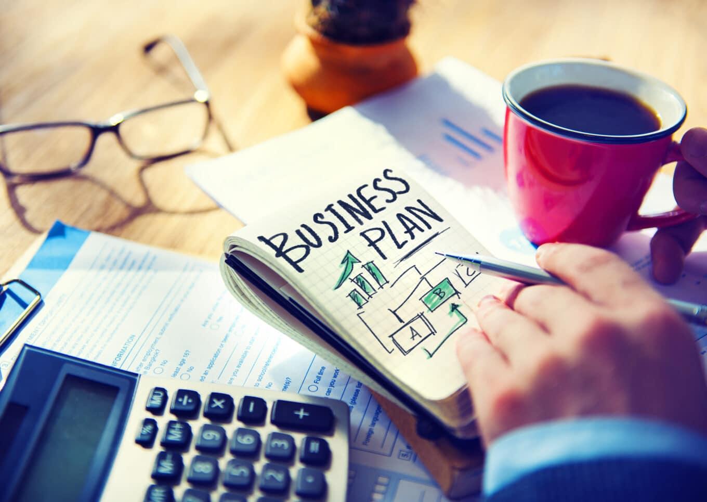 Starttirahahakemukseen tarvitaan liiketoimintasuunnitelma.