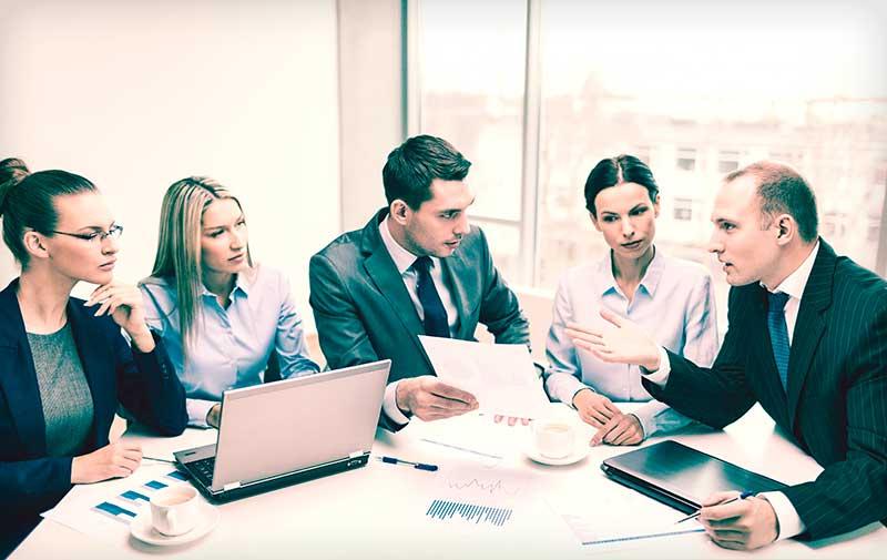 osakeyhtiö - yhtiökokous käynnissä