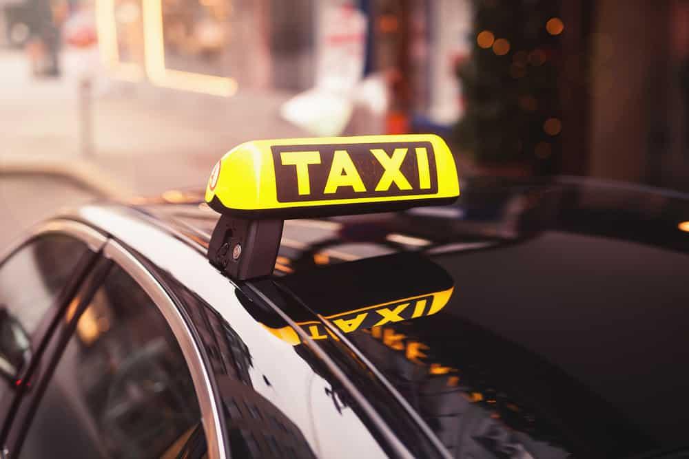 taxi-kyltti