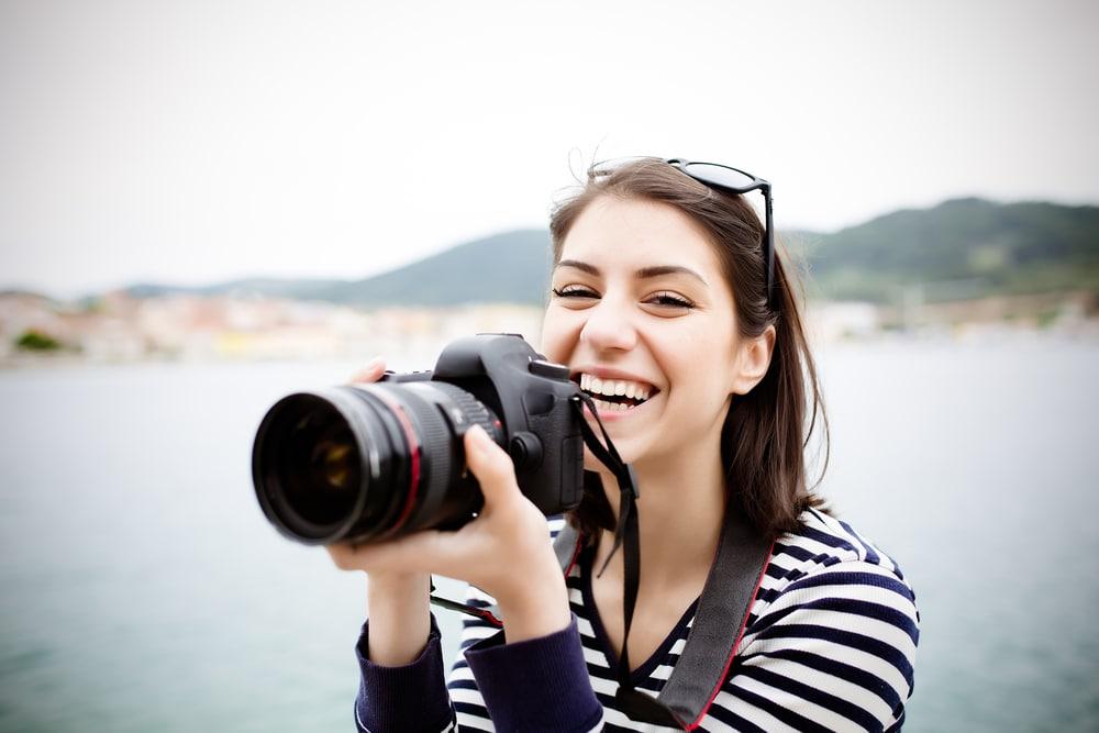 Yrittäjäksi. Valokuvaaja.