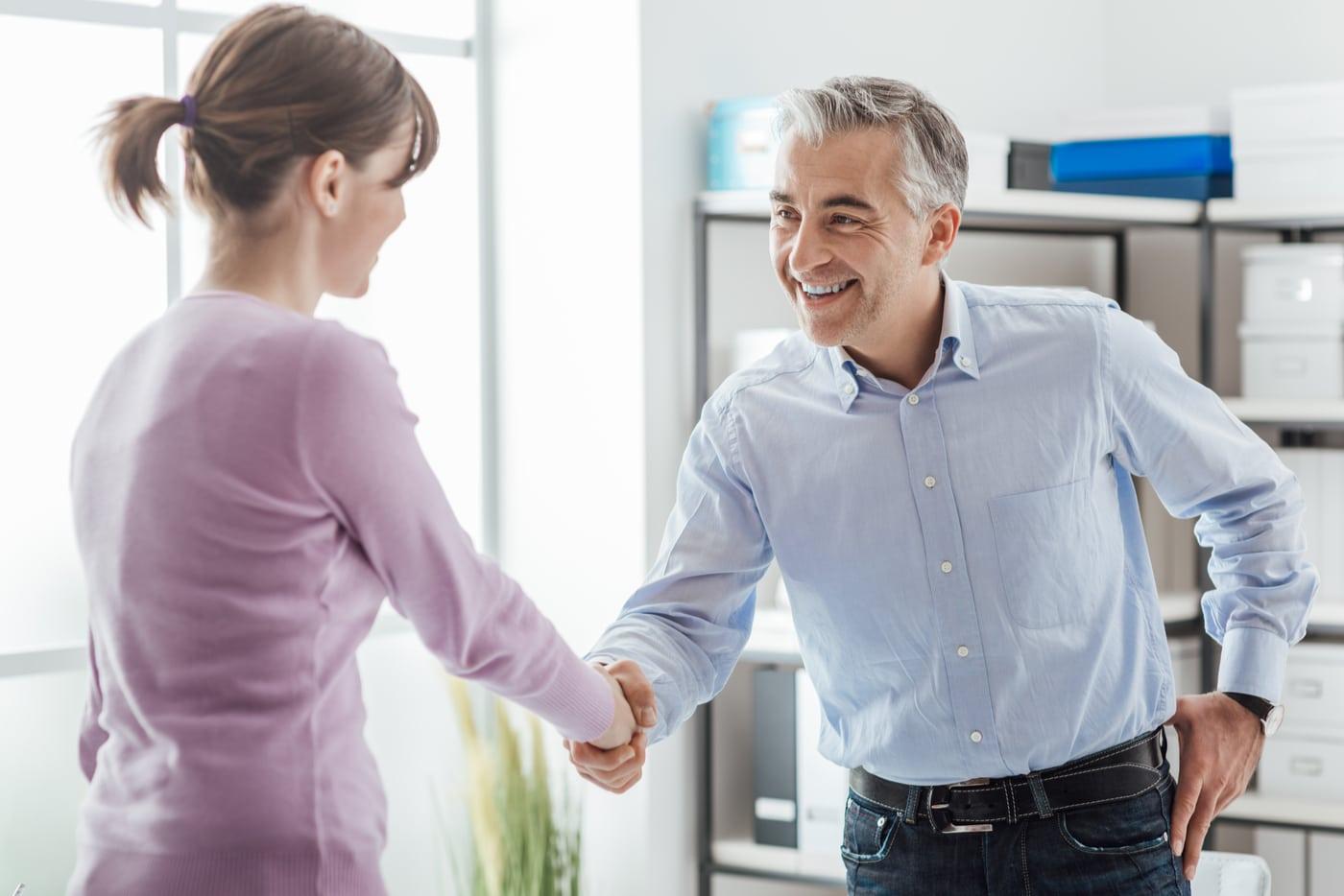 hankkisinko oman yrityskummin? yrityskummi tapaa nuoren yrittäjän.
