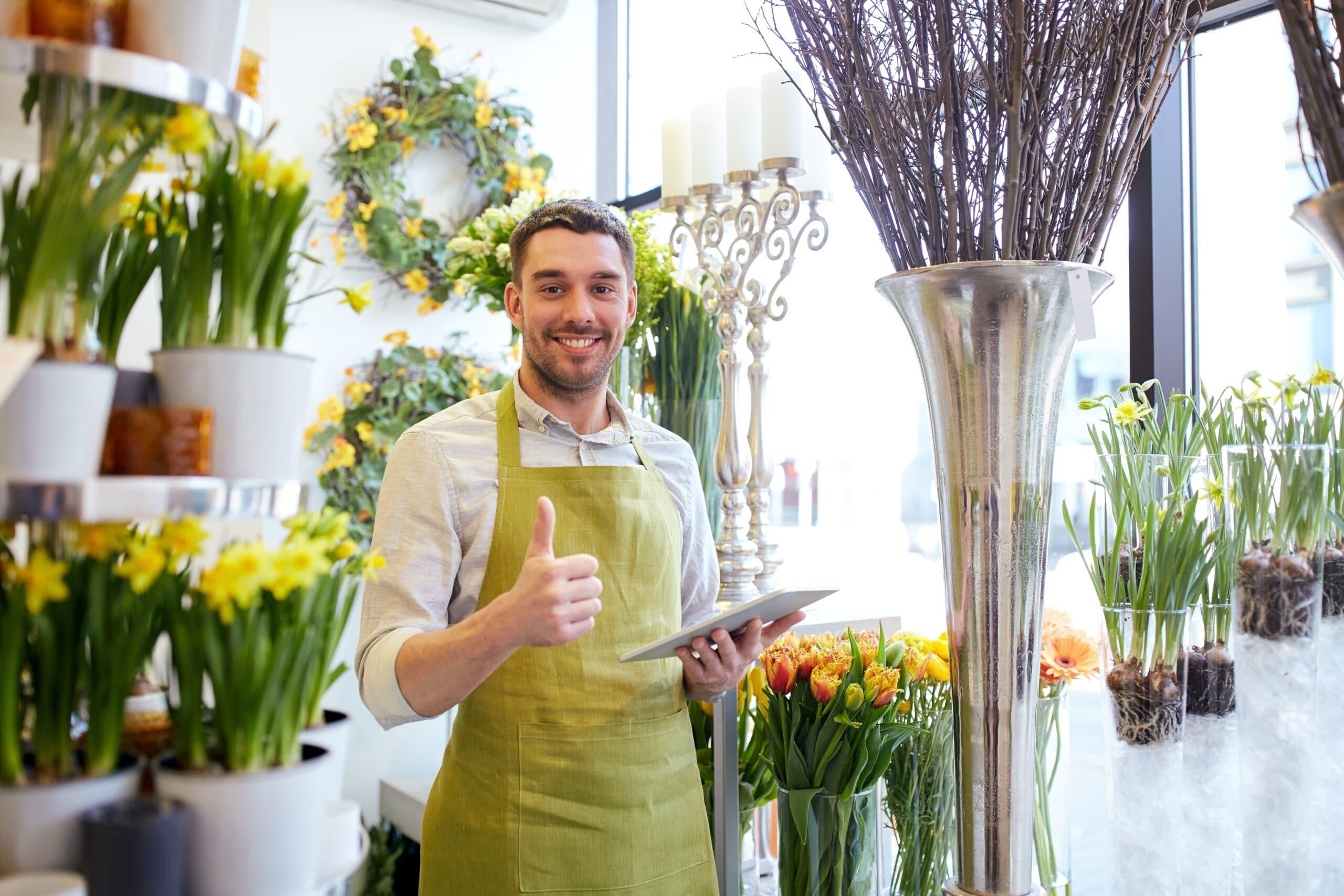 EVA selvitys. Iloinen kukkakauppias.