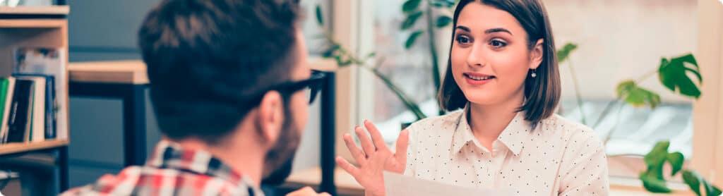 Yrittäjät keskustelee vähennyksistä